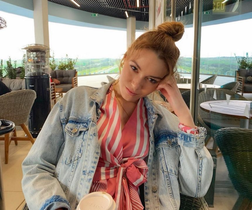 Η Εβελίνα Σκίτσκο είναι ερωτευμένη! Αυτός είναι ο σύντροφός της | tlife.gr