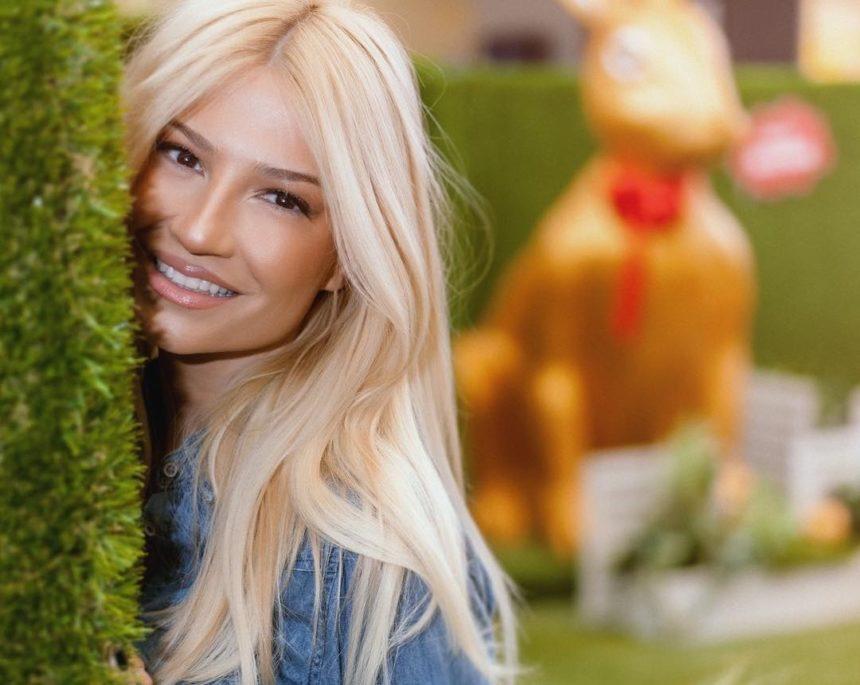 Φαίη Σκορδά: Ξέγνοιαστες στιγμές με τις φίλες της στην Μπολόνια λίγο πριν επιστρέψει στην Ελλάδα! [pics] | tlife.gr