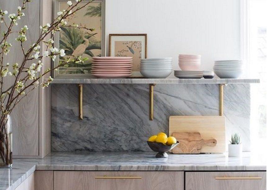 5 σωτήρια tips (που θα σου χρειαστούν αυτό το Πάσχα) για το πλύσιμο των πιάτων στο χέρι | tlife.gr