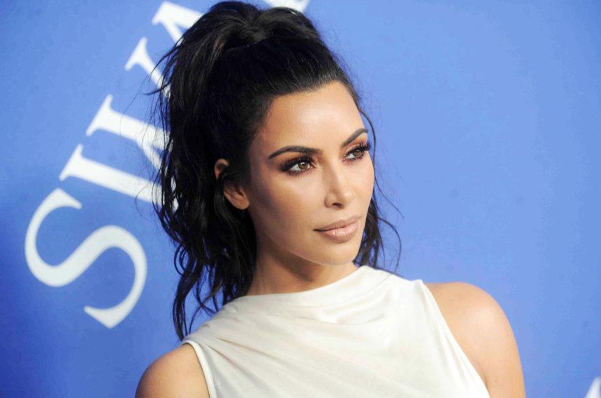 Kim Kardashian: Δεν φαντάζεσαι πως ονόμασε το τέταρτο παιδί της! Η πρώτη φωτογραφία του γιου της | tlife.gr