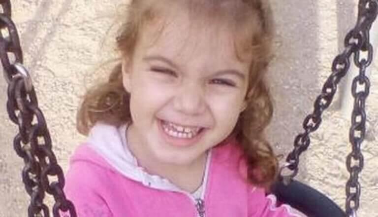 «Σε εννέα μέρες πέθανε» – Συγκλονίζει ο πατέρας της μικρής Μαλένας | tlife.gr