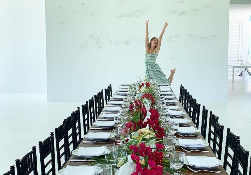 Marie Chantal: Το οικογενειακό πασχαλινό τραπέζι στις Μπαχάμες! Φωτογραφίες   tlife.gr