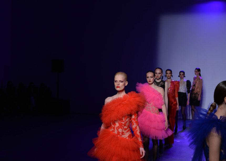 MI-RO: ένα show αφιερωμένο στο απόλυτο glam | tlife.gr