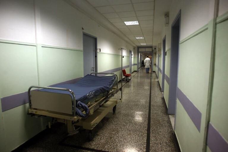 Μαζικά στο νοσοκομείο μαθητές με συμπτώματα γαστρεντερίτιδας! | tlife.gr