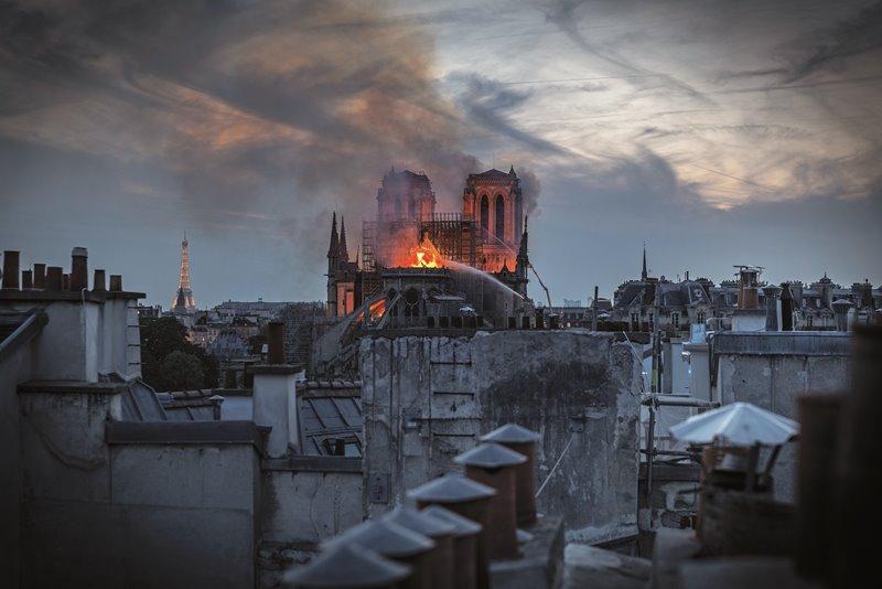 Notre Dame: Αποκαλυπτικές μαρτυρίες από Έλληνες του Παρισιού!   tlife.gr