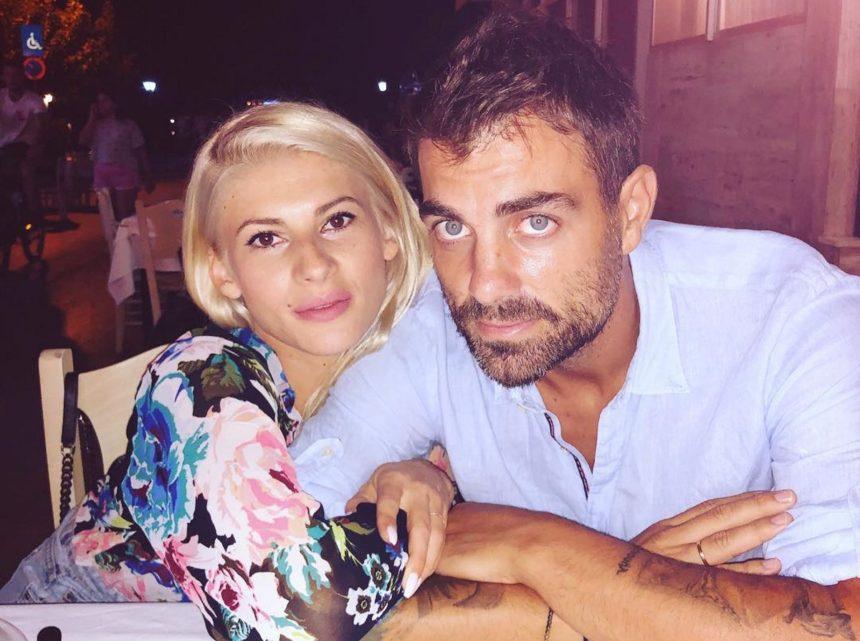 Στέλιος Χανταμπάκης-Όλγα Πηλιάκη: Πέρασαν το Πάσχα παραδοσιακά μαζί με τα παιδιά τους [pics]