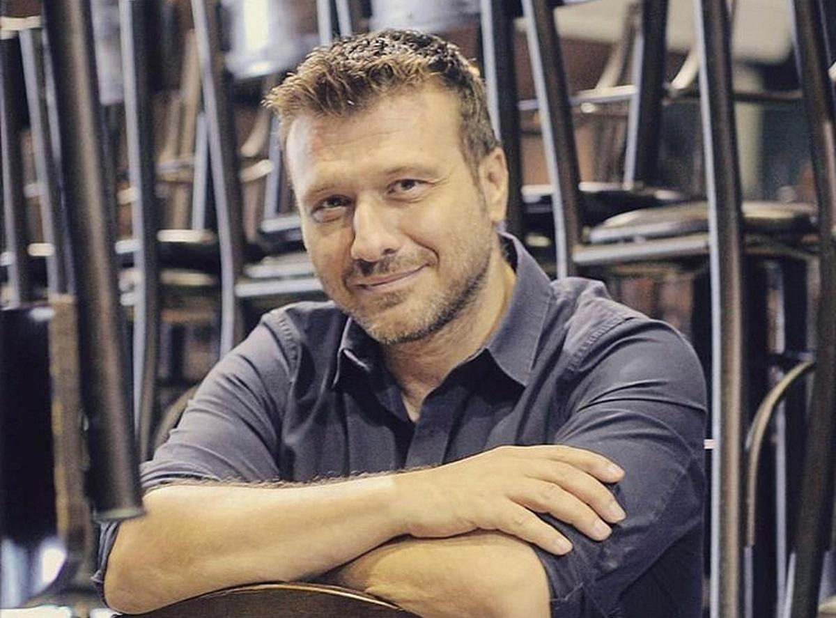 Γιάννης Πλούταρχος: Αυτό είναι το νέο τραγούδι που του έγραψε ο γιος του!