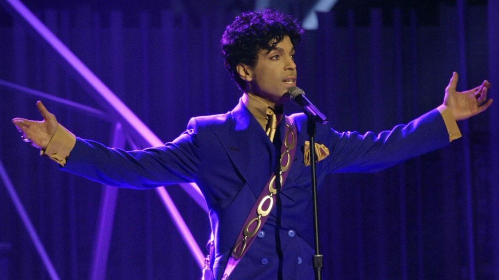 Τιμούν τον Prince τρία χρόνια μετά τον θάνατό του