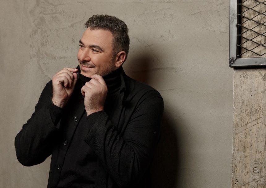 Αντώνης Ρέμος: Η συνεργασία έκπληξη με το διάσημο συγκρότημα, UB40! Το μήνυμα της μπάντας στους Έλληνες – Video | tlife.gr