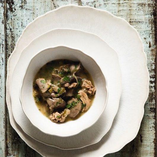 Ήρθε η ώρα να προετοιμαστείς για την μαγειρίτσα και το αρνί! Δες εδώ τις πιο νόστιμες συνταγές! | tlife.gr