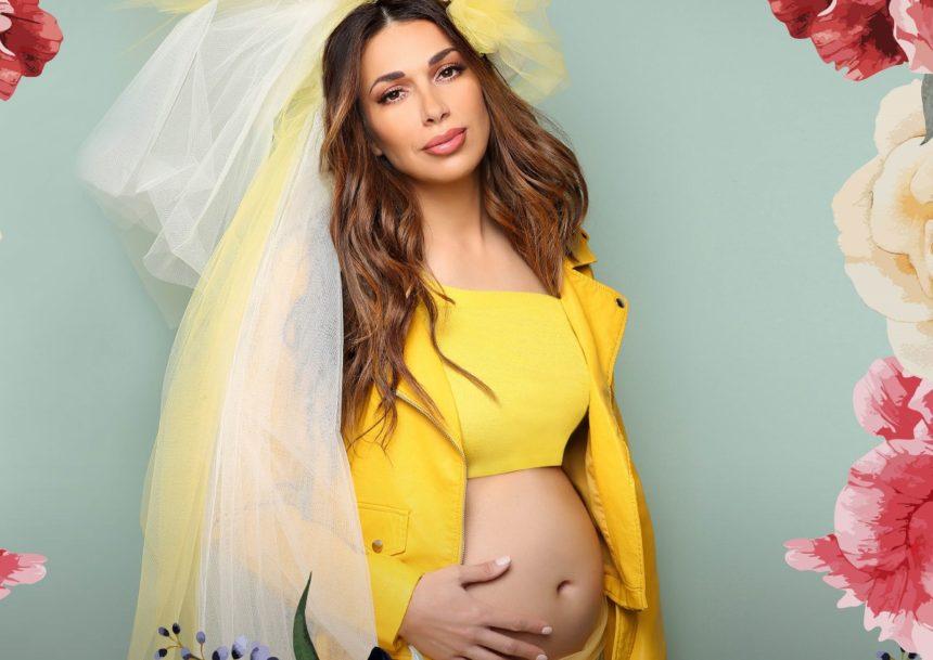 Ελένη Χατζίδου: Ανακοινώνει επίσημα την εγκυμοσύνη της και ποζάρει με φουσκωμένη κοιλιά!