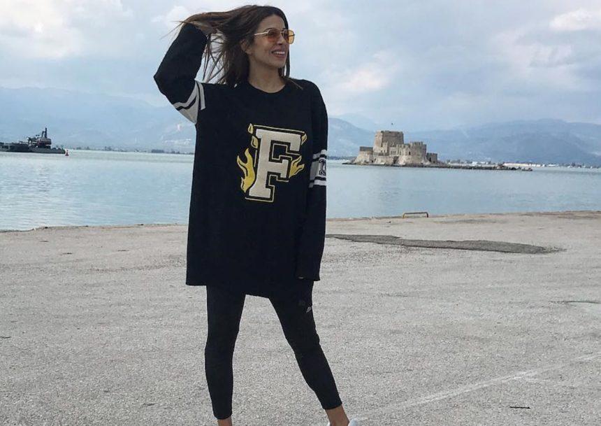 Η εγκυμονούσα Ελένη Χατζίδου μας δείχνει ακάλυπτη την αρκετά φουσκωμένη κοιλίτσα της! (video) | tlife.gr