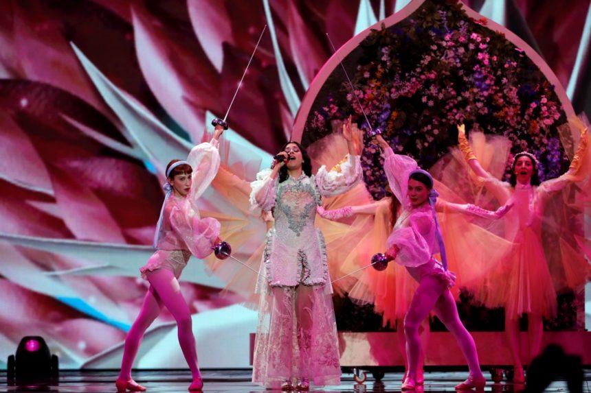 Eurovision 2019: Μάγεψε η Κατερίνα Ντούσκα στη σκηνή του Α' Ημιτελικού! Αποκλειστικό βίντεο | tlife.gr