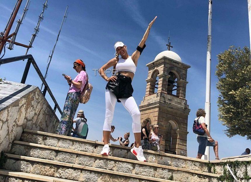 Βικτώρια Καρύδα: Έτσι ξεχνιέται! Η σκληρή της προπόνηση στο κέντρο της Αθήνας [pics,video] | tlife.gr