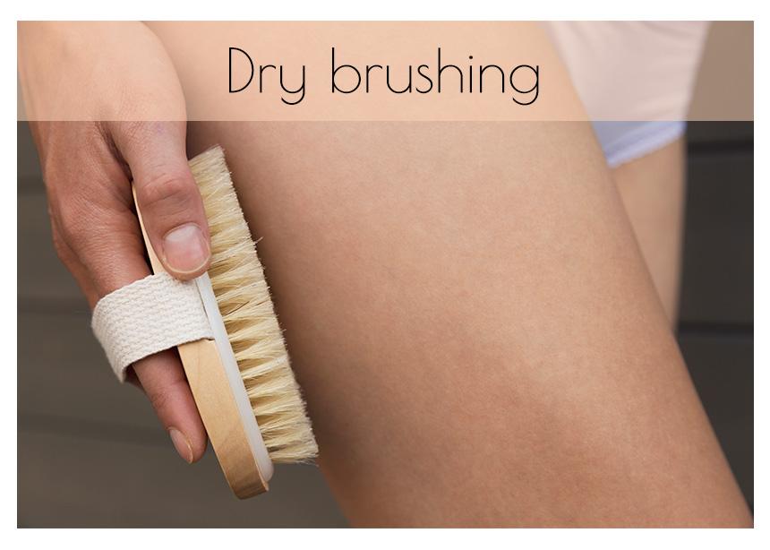 Γιατί το dry brushing είναι το καλύτερο πράγμα που μπορείς να κάνεις στο σώμα σου τώρα!