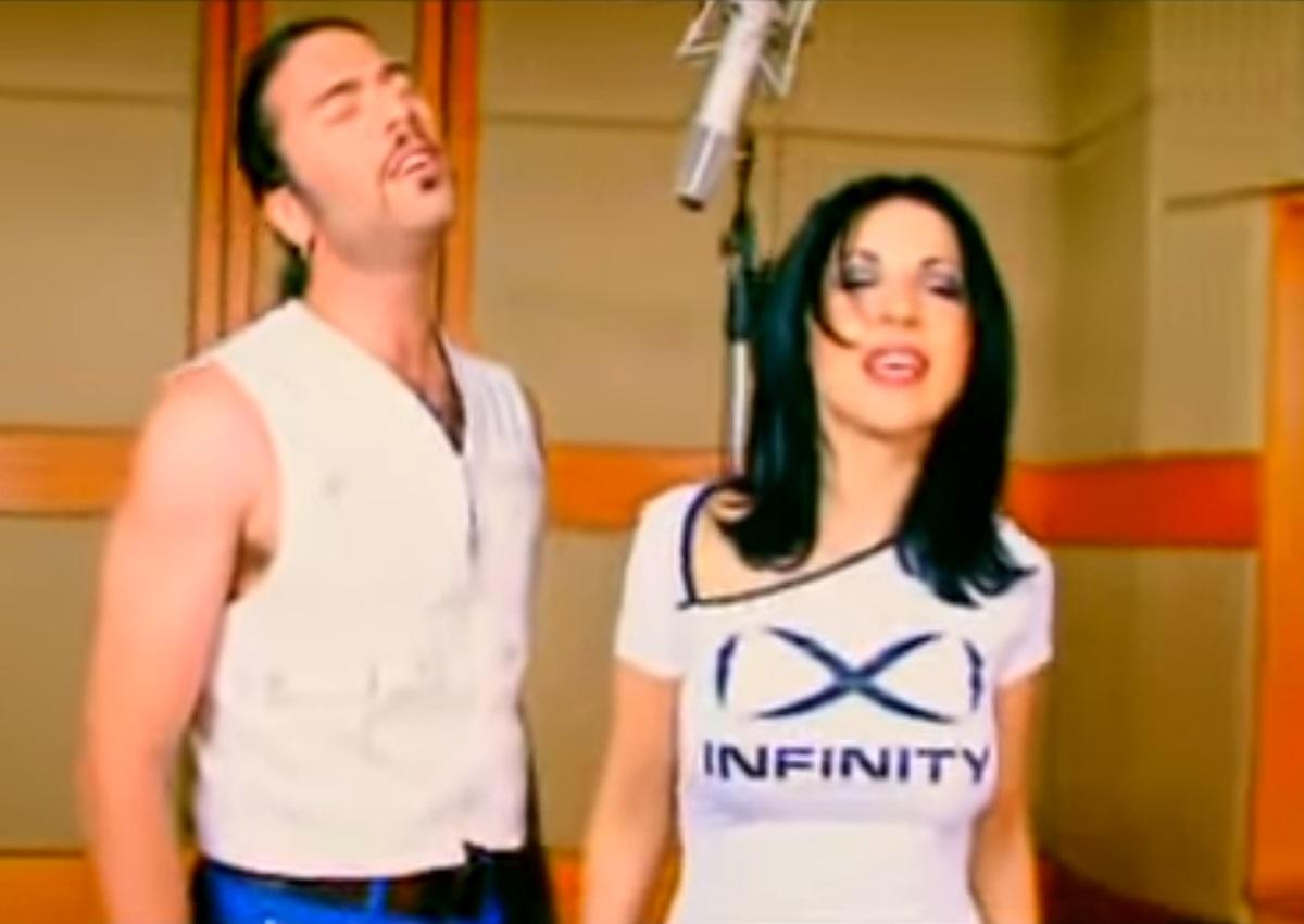 Βαλάντης – Ευρυδίκη: Συναντήθηκαν επί σκηνής και τραγούδησαν το «Δεν τελειώνουμε ποτέ» μετά από 21 χρόνια! [video]