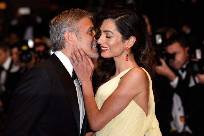 George Clooney: «Αυτοτρολάρεται» και μας συστήνεται ως… ο σύζυγος της Amal! [video]   tlife.gr