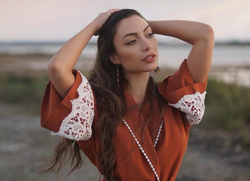 Έλενα Πιερίδου: Η πρωταγωνίστρια του «Τατουάζ» φοράει μπικίνι και μας δείχνει την άψογη σιλουέτα της [pic] | tlife.gr