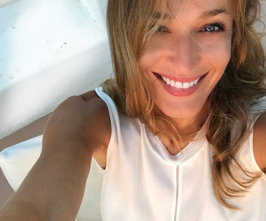 Κάτια Ζυγούλη: Πιο όμορφη από ποτέ σε no make up selfie φωτογραφία που ανέβασε!