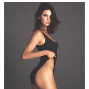 Η Kendall Jenner φόρεσε την πιο  huge τάση φέτος στα μαγιό!