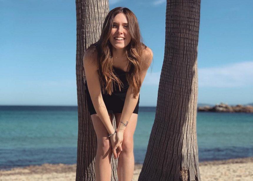 Αφροδίτη Λιάντου: Η κόρη της Εβελίνας Παπούλια απολαμβάνει τις διακοπές της στην Ελλάδα!