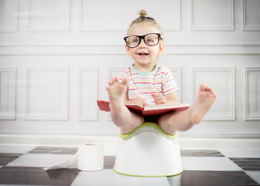"""Ειδικοί και γονείς σου λένε τα """"κόλπα"""" τους για να κόψει το παιδί σου την πάνα"""