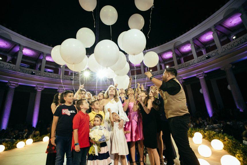 Διάσημες προσωπικότητες στη μεγάλη γιορτή της ΕΛΠΙΔΑΣ στο Ζάππειο! Φωτογραφίες   tlife.gr