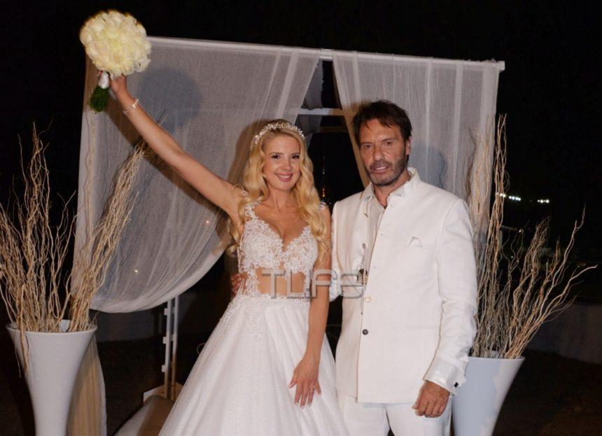 Στράτος Τζώρτζογλου-Σοφία Μαριόλα: Το άλμπουμ του γάμου τους και της γαμήλιας δεξίωσης στα Χανιά!   tlife.gr
