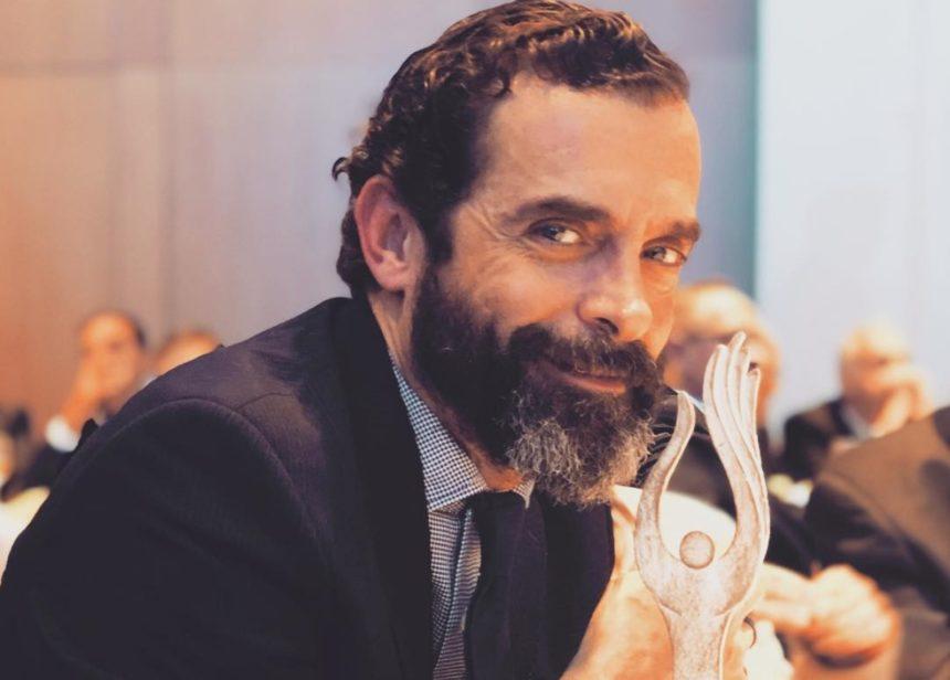 Κωνσταντίνος Μαρκουλάκης: Το ιδιαίτερο μήνυμα του ηθοποιού στα social media! | tlife.gr