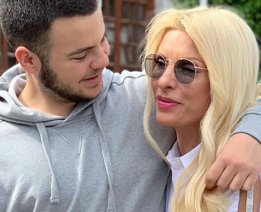 Άγγελος Λάτσιος: Ο γιος της Ελένης Μενεγάκη είναι ερωτευμένος [pic] | tlife.gr