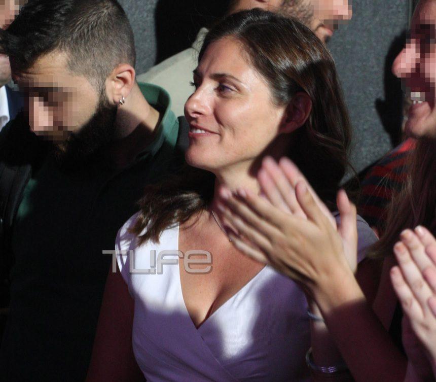 Mπέττυ Μπαζιάνα: Άλλη μια chic εμφάνισή της που ξεχώρισε! [pics]   tlife.gr