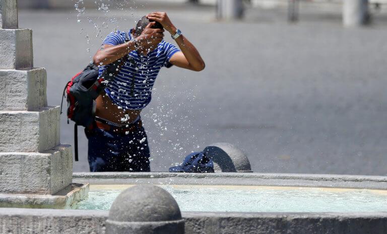 Έφτασε τους 40 βαθμούς ο υδράργυρος – Κύμα καύσωνα σαρώνει την Ευρώπη | tlife.gr