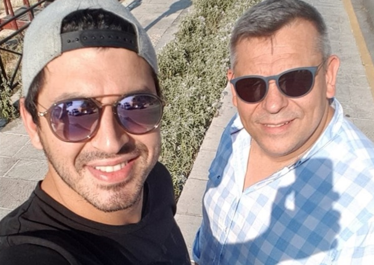 """Πάνος Ζάρλας: Το δημόσιο """"ευχαριστώ"""" του πατέρα του, λίγες ώρες μετά την κηδεία"""