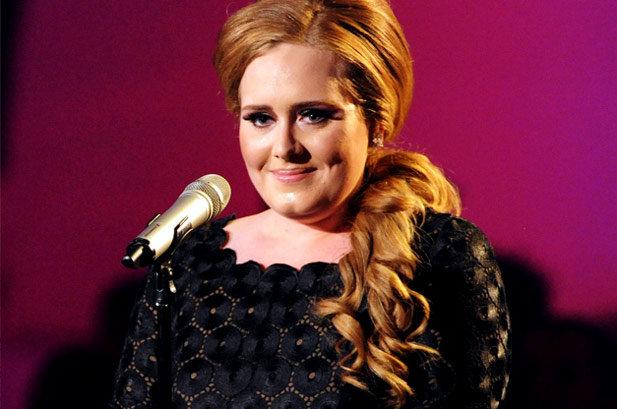 H Adele που ήξερες δεν υπάρχει πια! Δες πώς έχασε 7 κιλά !   tlife.gr