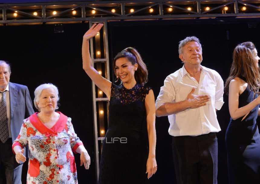 «Το δικό μας σινεμά»: Η Δέσποινα Βανδή έλαμψε στην πρεμιέρα της! [pics] | tlife.gr
