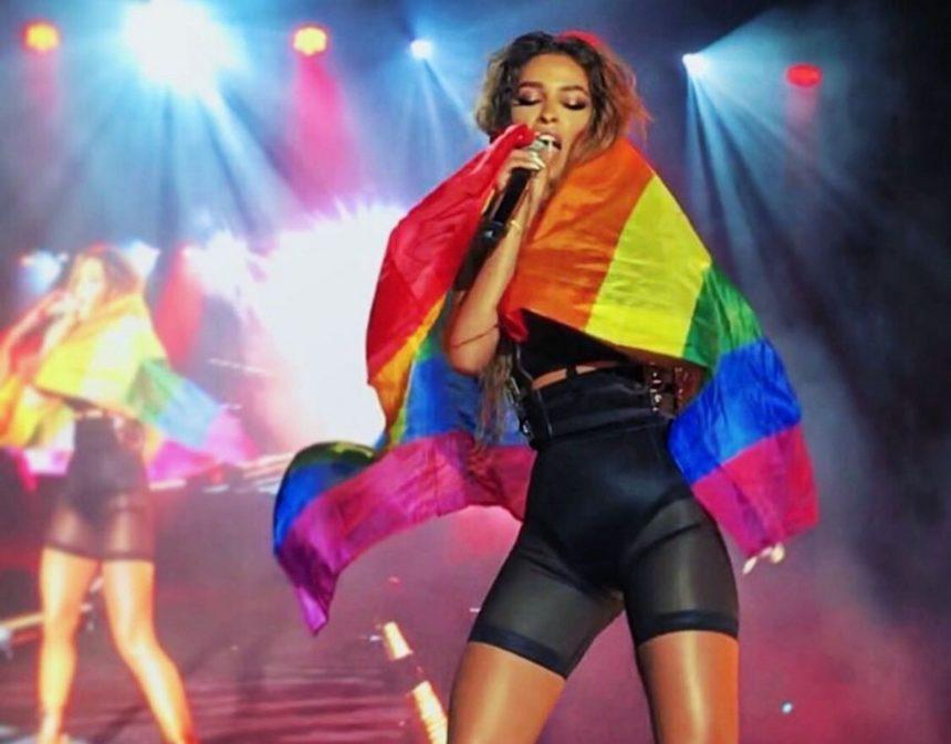 Ελένη Φουρέιρα: Κάνει πρόβες στο Σύνταγμα για το Athens Pride 2019! [vid] | tlife.gr