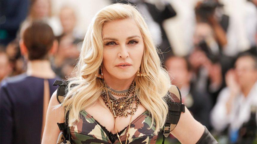 «Η Μαντόνα μου πρόσφερε 20 εκατομμύρια δολάρια για να κάνουμε παιδί» | tlife.gr