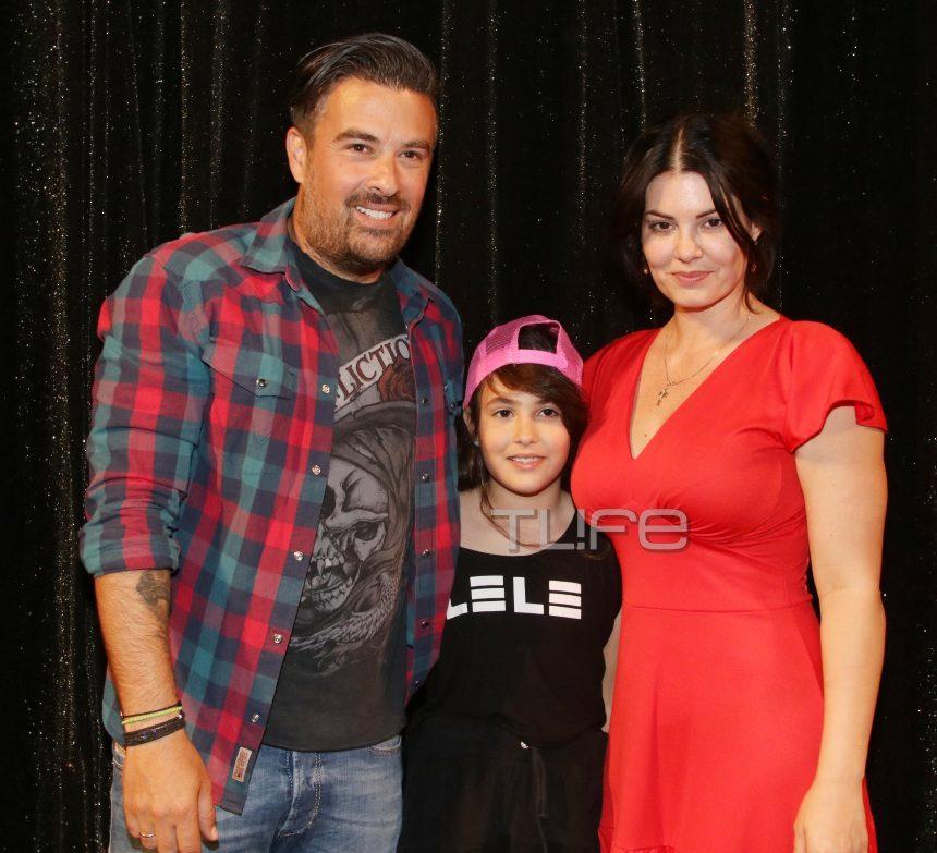 Μαρία Κορινθίου: Παρουσίασε το βιβλίο της μαζί με την κόρη της και τον Γιάννη Αϊβάζη! | tlife.gr