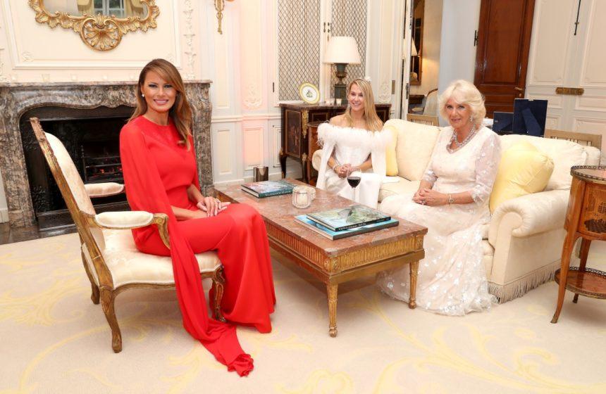 Melania Trump: Η εντυπωσιακή εμφάνιση στα κόκκινα και το φόρεμα αλά Meghan Markle αξίας… 6.300 ευρώ | tlife.gr
