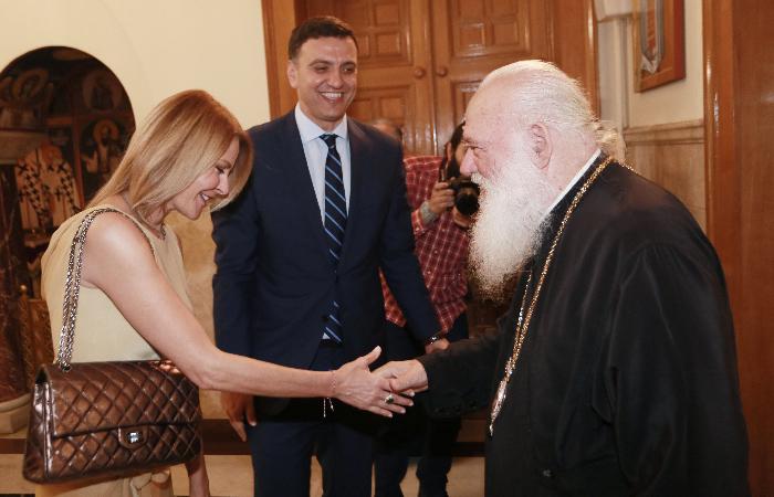 Τζένη Μπαλατσινού – Βασίλης Κικίλιας: Πήραν την ευλογία του Ιερώνυμου! Φωτογραφίες | tlife.gr