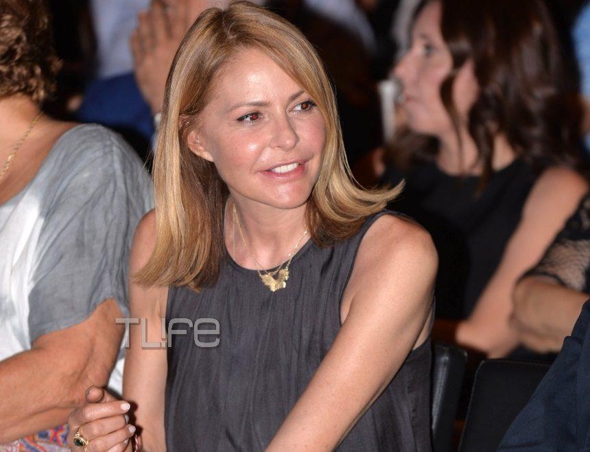 Τζένη Μπαλατσινού: Στο πλευρό του συζύγου της, Βασίλη Κικίλια, στην προεκλογική του ομιλία! Φωτογραφίες | tlife.gr