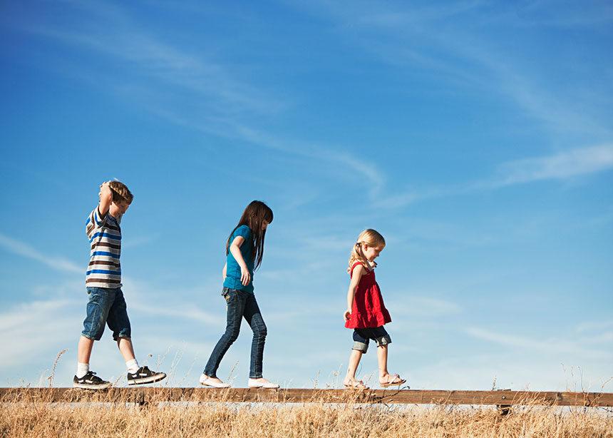 Πόσο ρόλο παίζει η σειρά με τη οποία γεννιούνται τα παιδιά στην διαμόρφωση της προσωπικότητάς τους | tlife.gr