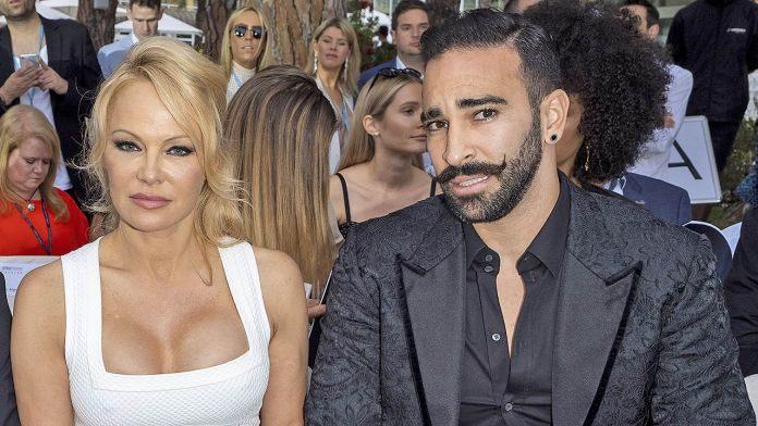 Η απάντηση του Adil Rami μετά τις κατηγορίες της Pamela Anderson για «διπλή ζωή» | tlife.gr