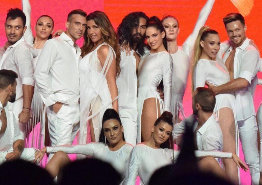 MAD VMA 2019: Η Έλενα Παπαρίζου έφερε το καλοκαίρι με την εμφάνισή της στη σκηνή! [video]
