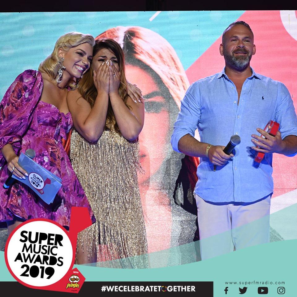 Έλενα Παπαρίζου: Αναπάντεχο reunion για τους Antique στη σκηνή των SMA 2019 στην Κύπρο!