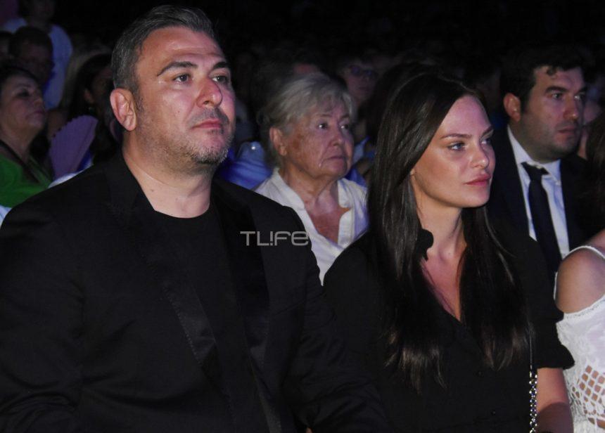 Υβόννη Μπόσνιακ: Καμάρωσε τον Αντώνη Ρέμο στην συναυλία – αφιέρωμα στον Μίκη Θεοδωράκη | tlife.gr