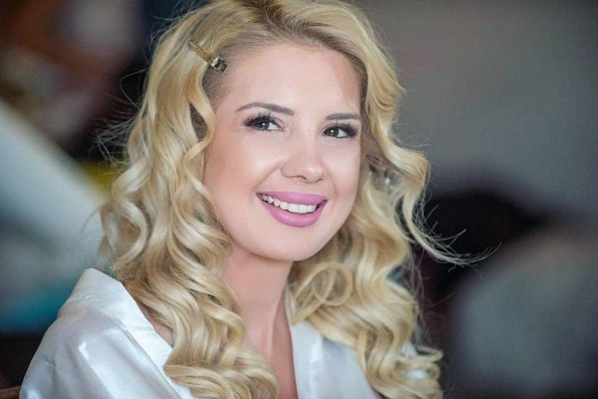 Σοφία Μαριόλα: Μοιράζεται αδημοσίευτες φωτογραφίες από την γαμήλια προετοιμασία της!