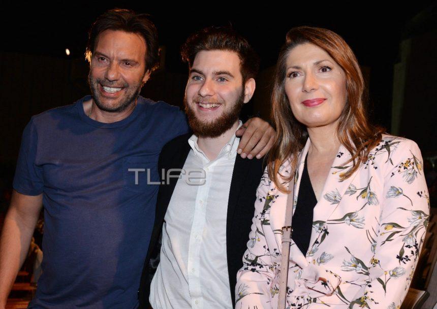 Στράτος Τζώρτζογλου: Στο θέατρο με την πρώην σύζυγό του, Μαρία Γεωργιάδου, και τον γιο τους, Αλκιβιάδη! [pics] | tlife.gr
