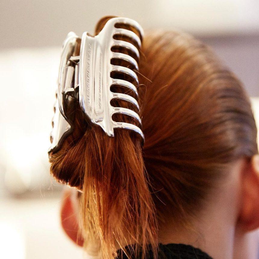 Είναι επίσημο! Το κλάμερ είναι το νέο αγαπημένο μου αξεσουάρ μαλλιών! | tlife.gr