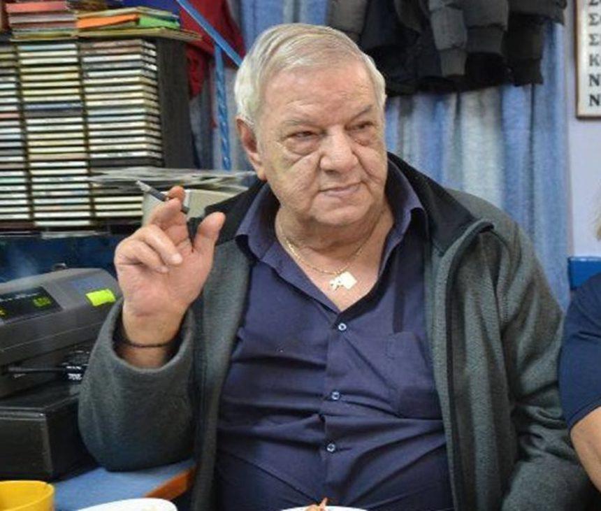 Πέθανε ο τραγουδιστής Νίκος Δεμίρης | tlife.gr